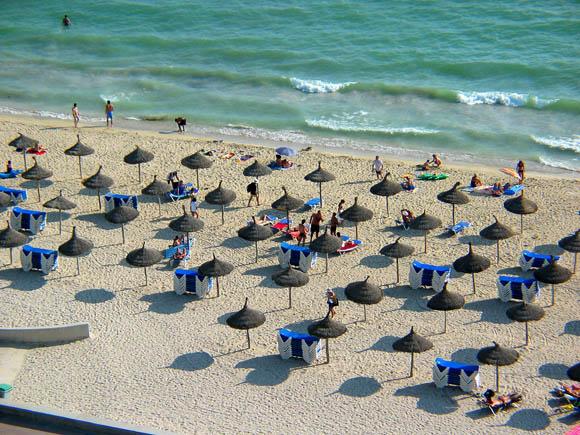 Entra en vigor la polémica tasa turística de Baleares en plena temporada alta