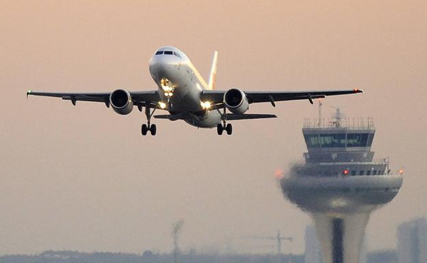 España recibe más de dos millones de pasajeros de aeropuertos internacionales