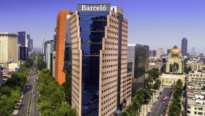 Barceló planea vender su división de viajes y dedicarse en exclusiva a la hotelería