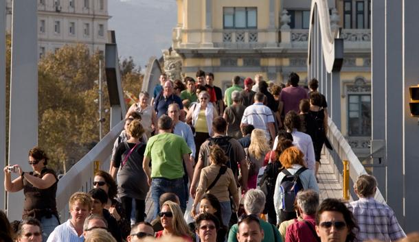 ACAVE duda de la viabilidad y legalidad de la nueva tasa turística de Barcelona