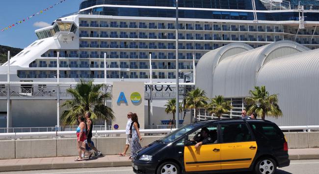 Barcelona pierde en plena temporada alta más de 65.000 pasajeros de cruceros