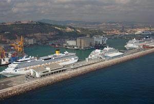 ¿Está afectando el proceso secesionista al primer puerto de cruceros de Europa?
