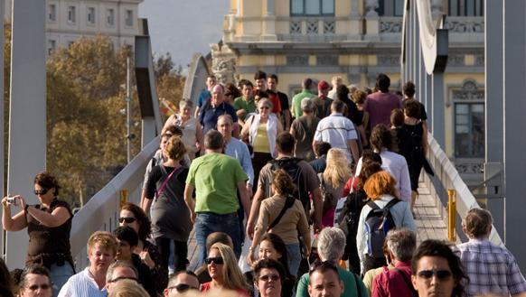Los españoles, entre los más críticos con los efectos negativos del Turismo urbano