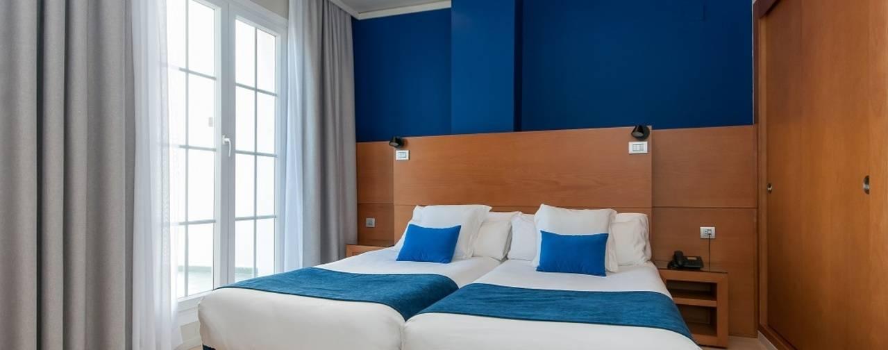El hotel BlueBay Miguel Ángel celebra sus 40 años