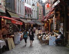 Cancelaciones masivas tras los ataques de Bruselas