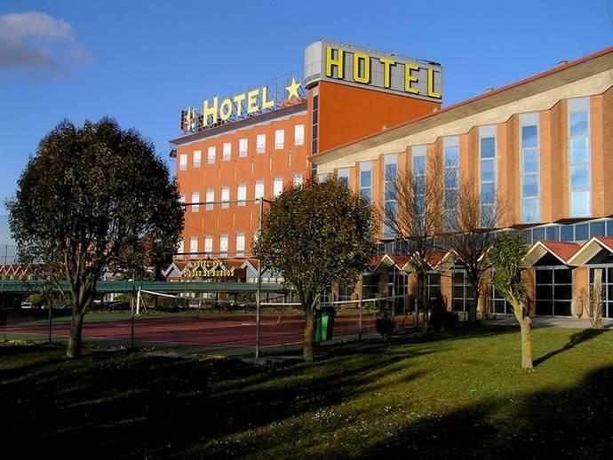 El Hotel Ciudad de Burgos celebra su 30 aniversario