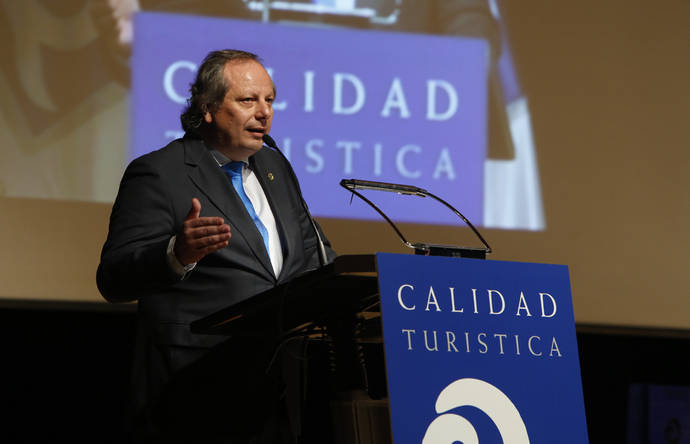 Miguel Mirones, reelegido presidente del ICTE