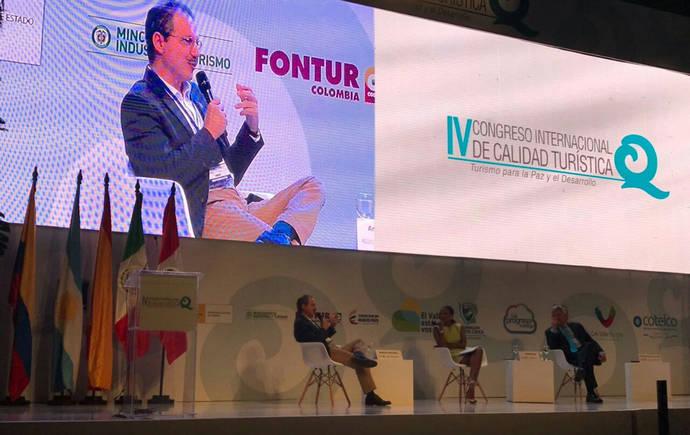 Cabal analiza la Paz en el Turismo en Colombia, al abrir el Congreso del ICTE