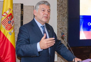Cabal: 'El crecimiento del Turismo genera importantes desafíos en gestión de flujos'