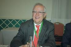 Antonio Caballos es agente de viajes.
