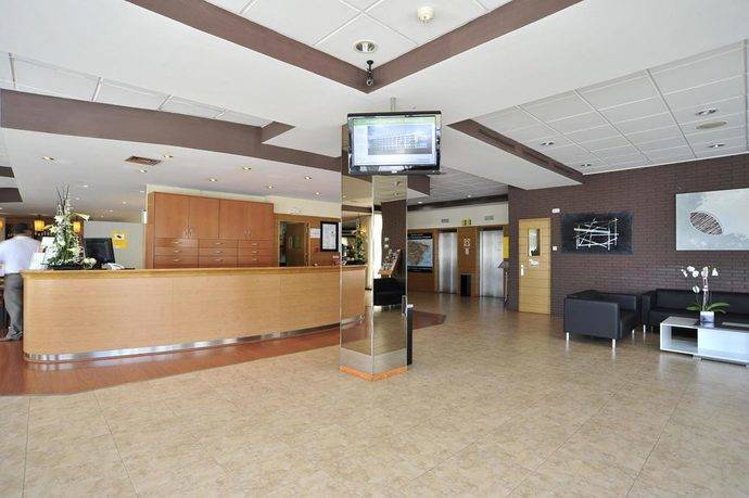 Hoteles Campanile firma un acuerdo con Cruz Roja