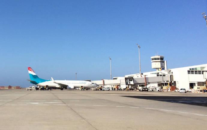 Canarias saca a concurso 20 nuevas rutas aéreas