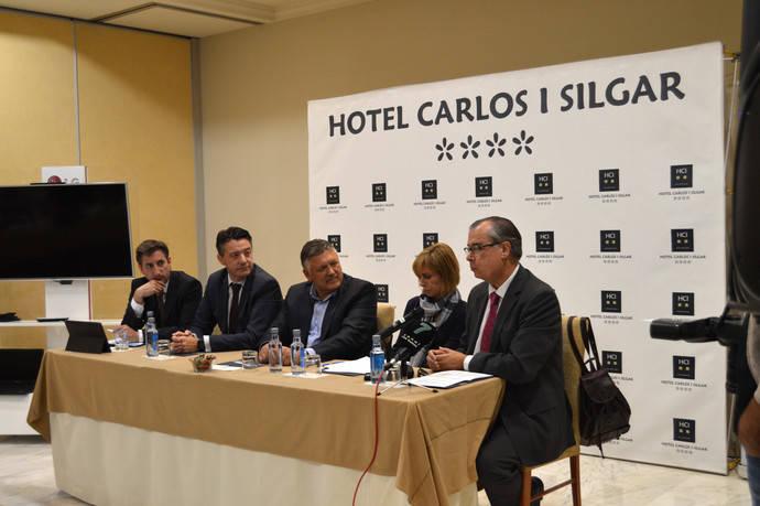 El Hotel Carlos I Silgar, premiado por ayudar a fomentar el turismo deportivo