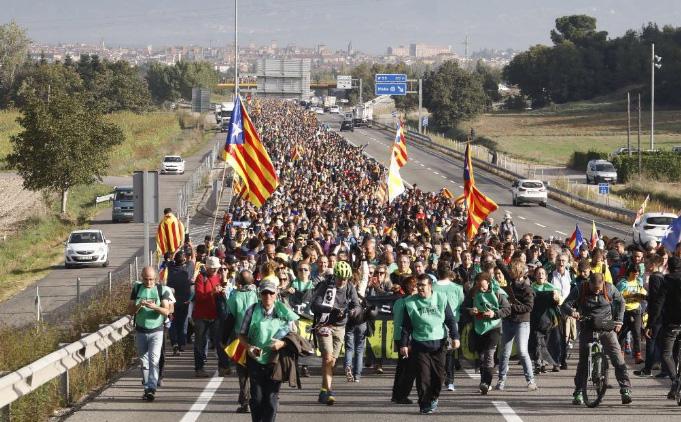 ¿Se han desplomado las ventas de viajes del Imserso a Cataluña? La respuesta es no