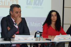El presidente de CEAV y la directora de operaciones de Destinia.