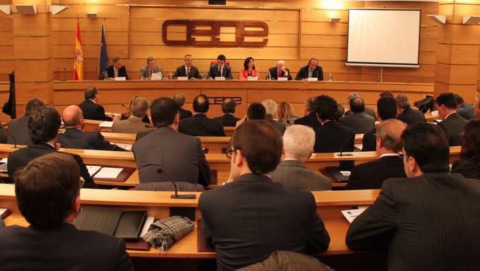 CEOE reclama al Gobierno una normativa armonizada para el alquiler vacacional