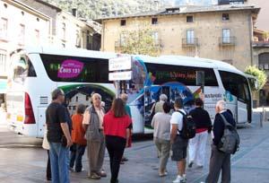 CEOE: 'El transporte por carretera es parte fundamental del Turismo'