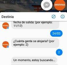 El 'chat' pregunta por el destino, fechas de salida y llegada y número de personas.