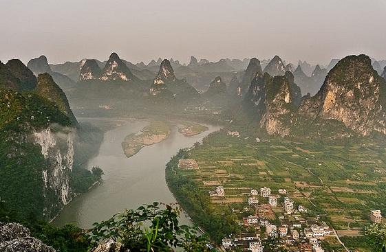 El turismo de montaña se da cita en China