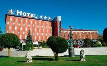 El Hotel Ciudad de Burgos celebras sus 30 años abierto