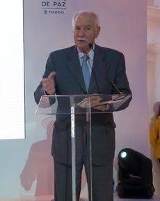 Claudio Meffert en su discurso tras recibir el Premio Hermestur.