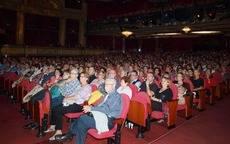 Club de Vacaciones congrega a 1.300 personas en Madrid