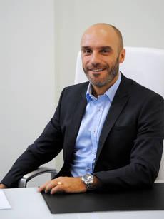 El director de cntravel, José Fernández.