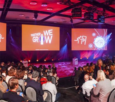 PortAventura acoge a 600 profesionales de Coca-Cola