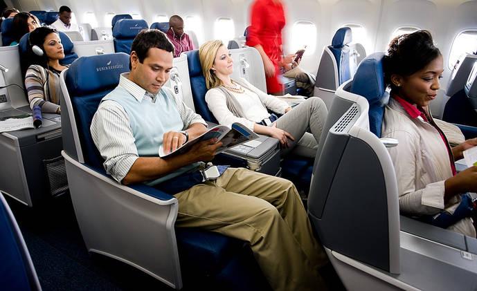 Más de 60 aerolíneas venden servicios adicionales en España vía Amadeus