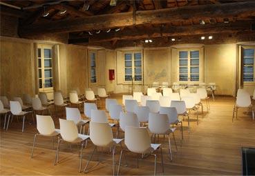 Las reuniones que se pueden celebrar en destinos en fase 2