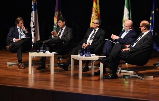 Los hoteleros debaten su futuro en Málaga para mejorar su competitividad