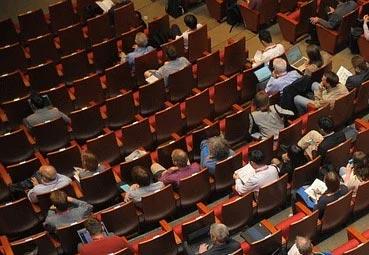 Los congresos podrán reunir 80 personas en fase 3