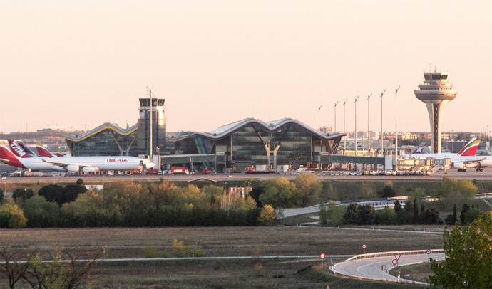 Frente común de la industria turística contra las huelgas de controladores aéreos