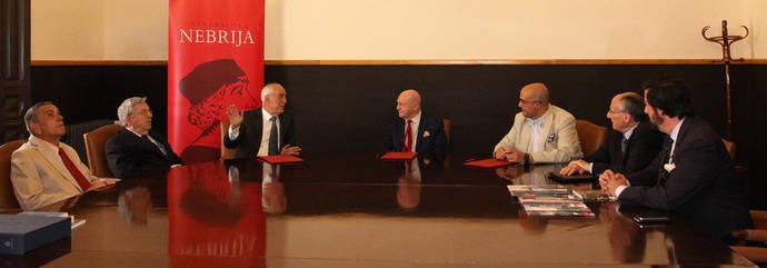La Mesa del Turismo, la Universidad Nebrija y la Fundación Antonio de Nebrija han firmado un acuerdo de colaboración.