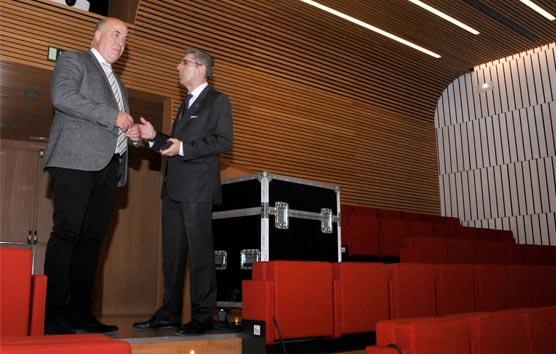 Ruiz destaca el potencial del Palacio de Congresos de Córdoba para la provincia
