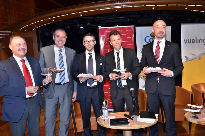 Costa firma una alianza estratégica con Vueling