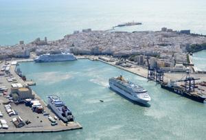 Las compañías de cruceros defienden el alto margen que su producto da a la agencia