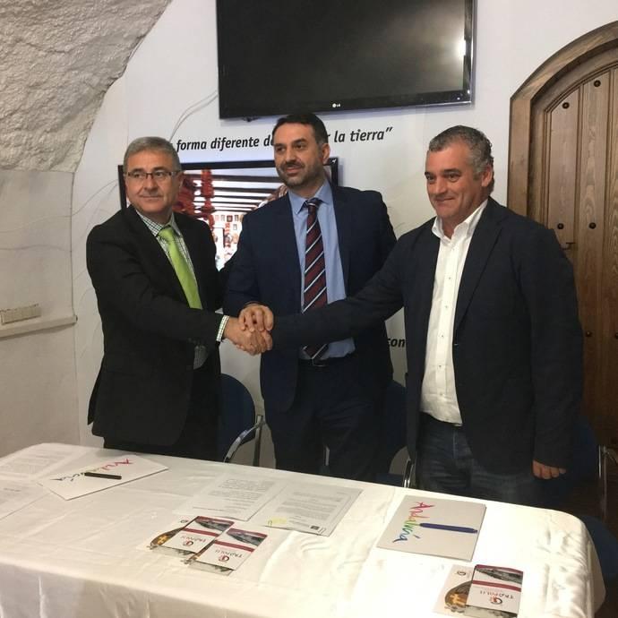 Andalucía promocionará sus cuevas como alojamientos