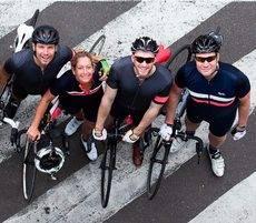 El equipo de ciclistas de CWT.