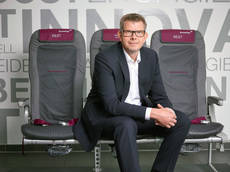 El director ejecutivo de Eurowings, Thorsten Dirks, en la presentación de los barcos.