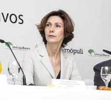 La secretaria de Estado, Isabel Oliver.
