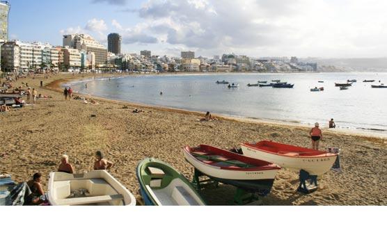 Baleares, Andalucía y Canarias, destinos favoritos de los españoles en agosto