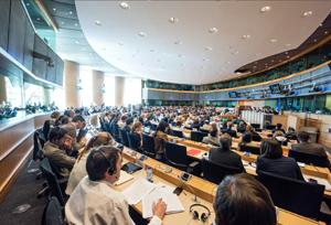 Gobierno y Comunidades intentarán unificar criterios sobre viajes combinados