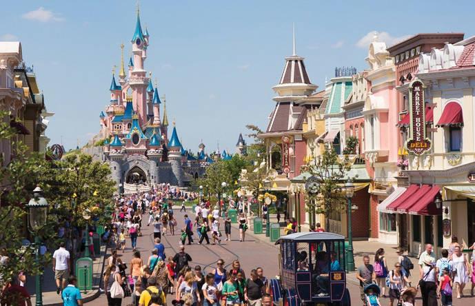 Disneyland Paris se prepara para celebrar por todo lo alto su 25 aniversario