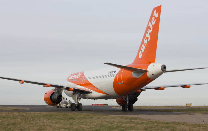 ACAVE denuncia a cinco aerolíneas ante Consumo
