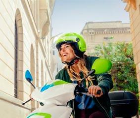 eCooltra introduce su servicio de 'motosharing' en Valencia