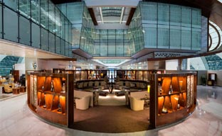 Emirates presenta su Business Class Lounge de Dubái