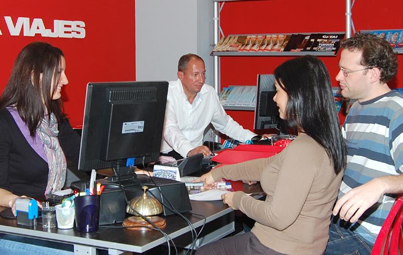El empleo en agencias crece desde octubre de 2014