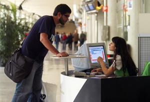 La tasa de paro en el Turismo encadena dos años de caídas y se sitúa en el 12%