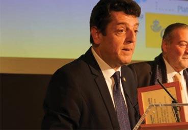 Eugenio de Quesada finalista del premio Hermestur